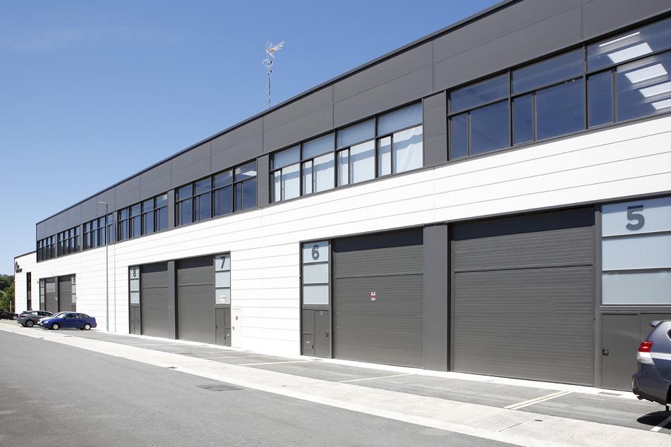 Sistemas de seguridad industriales para pabellones y muelles de carga