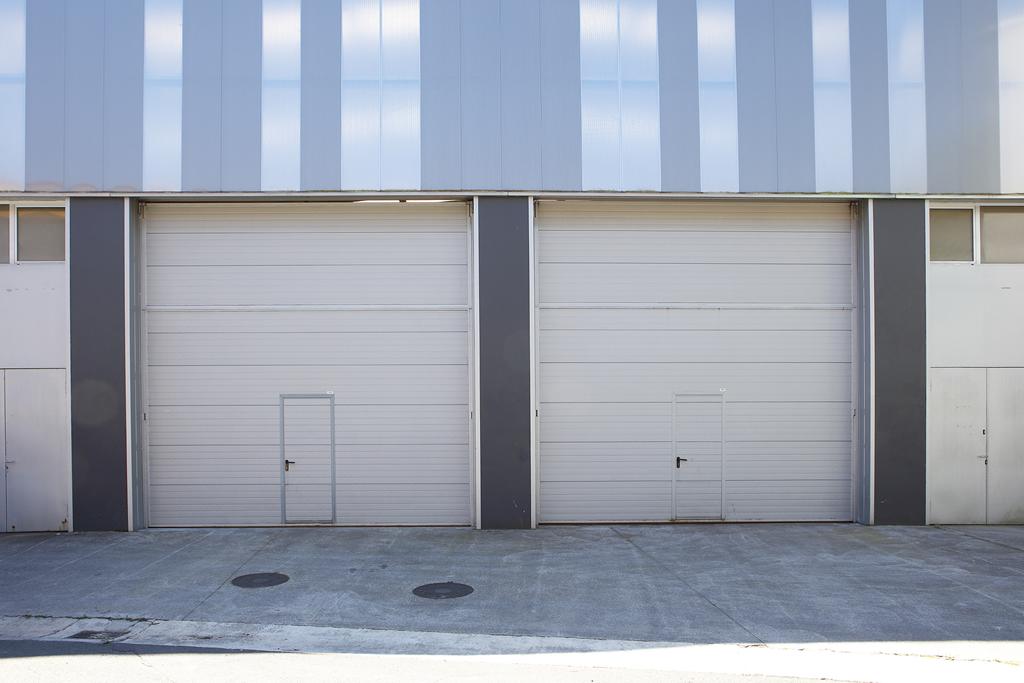 Instalación y mantenimiento de puertas metálicas Ondoeta en Guipúzcoa